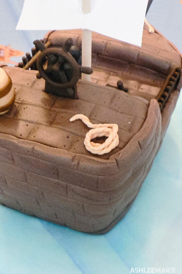 fondant pirate cake