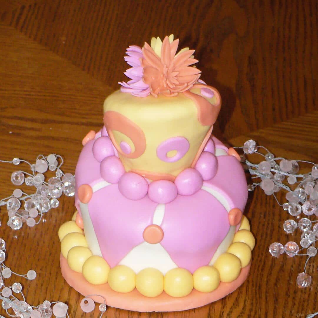 miniature topsy turvy cake