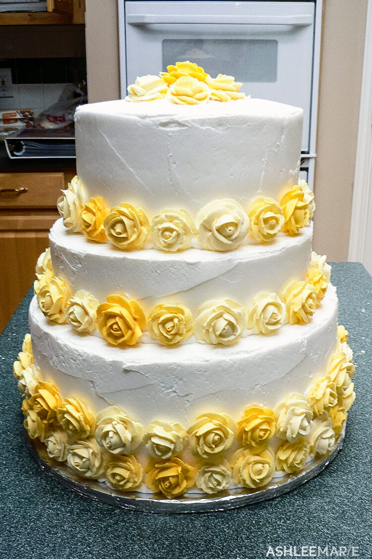 yellow royal icing roses cake