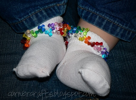 tri-beads-crochet-socks-baby-toddler