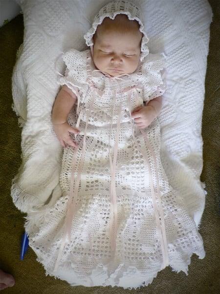 white-thread-crochet-dress-hat-pink-ribbon-baby-blessing