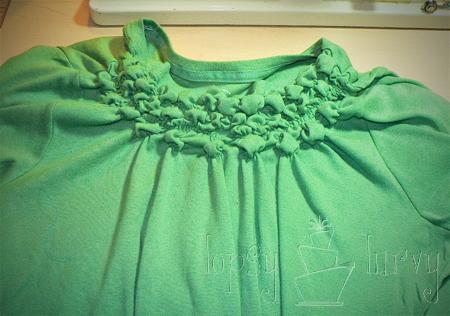 green shirt curls swirls adult kids row 3