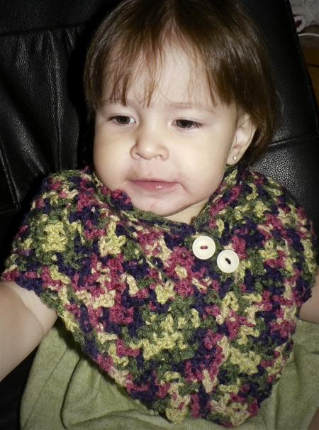 crochet-caplet-capelet-buttons