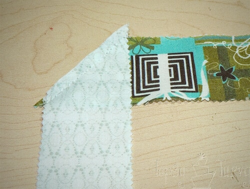 binding quilted ruffled tree skirt