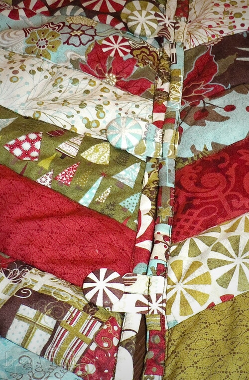 button loops and button on tree skirt