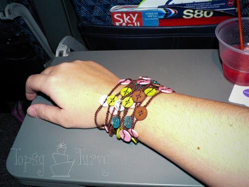 thread-crochet-button-necklace-bracelet