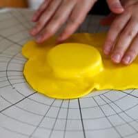 cover-a-cake-board