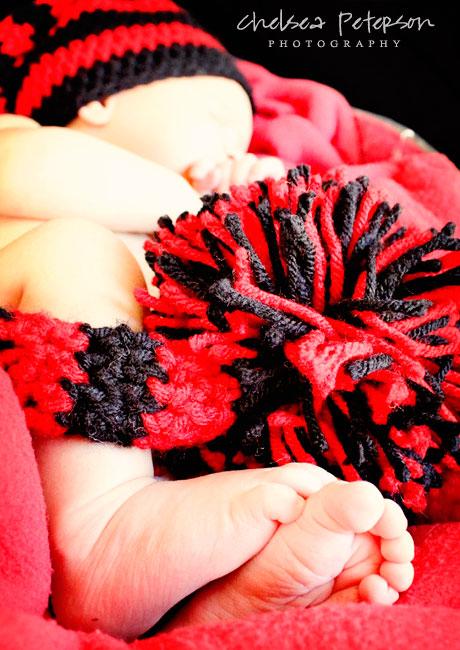 crochet-striped-baby-munchkin-hat