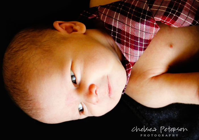 newborn-photography-tie-chelseapetersonphotography