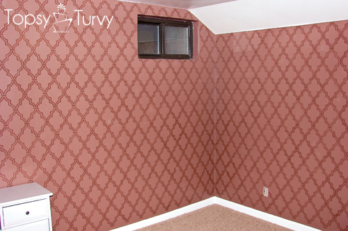 double-trellis-wall-stencil-main-wall