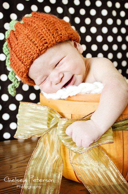 pumpkin-baby-newborn-crochet-hat
