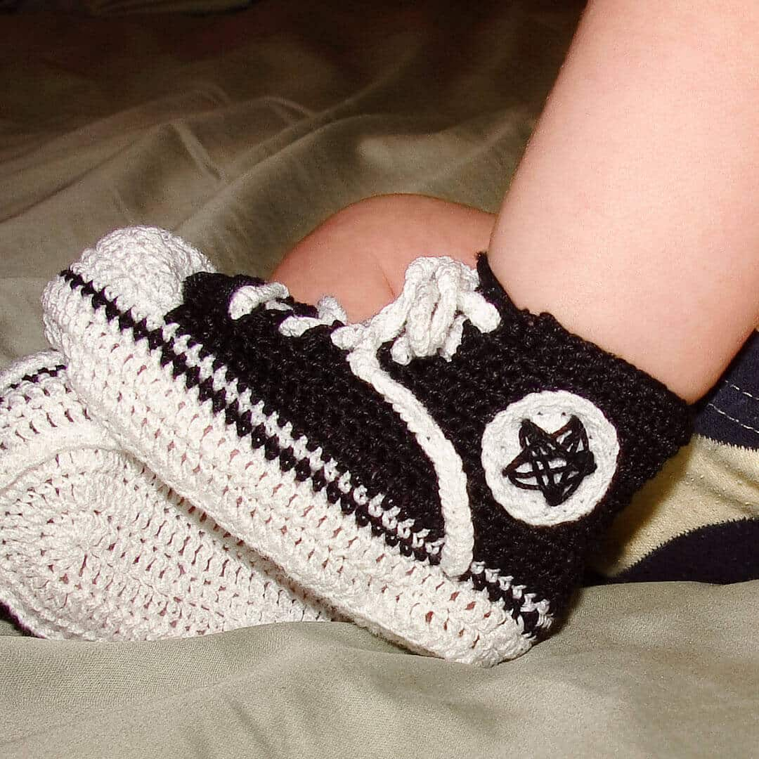 there isn't much cuter than crochet converse on infants free pattern