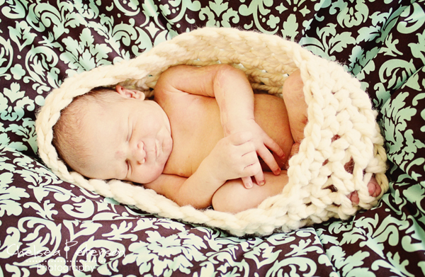 crochet-baby-photography-cocoon