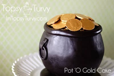pot-of-gold-fondant-carved-cake