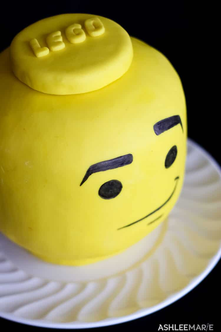 Lego Head Cake Tutorial | Ashlee Marie - real fun with real food