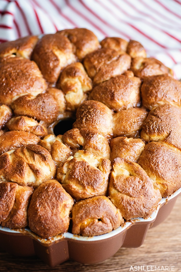 hot chocolate stuffed monkey bread