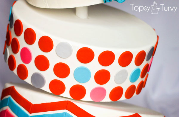 topsy-turvy-fondant-cake-polka-dots