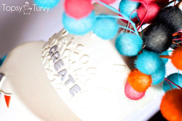 topsy-turvy-fondant-cake-typography