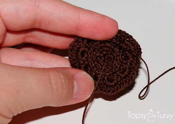 thread-crochet-rose-ring-rolled