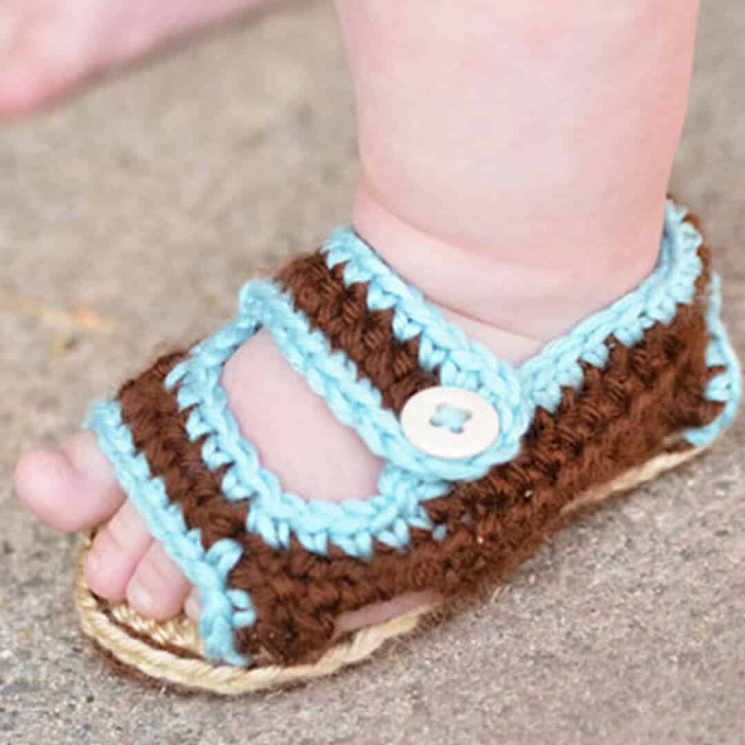 Crochet Baby Sandals | Ashlee Marie - real fun with real food