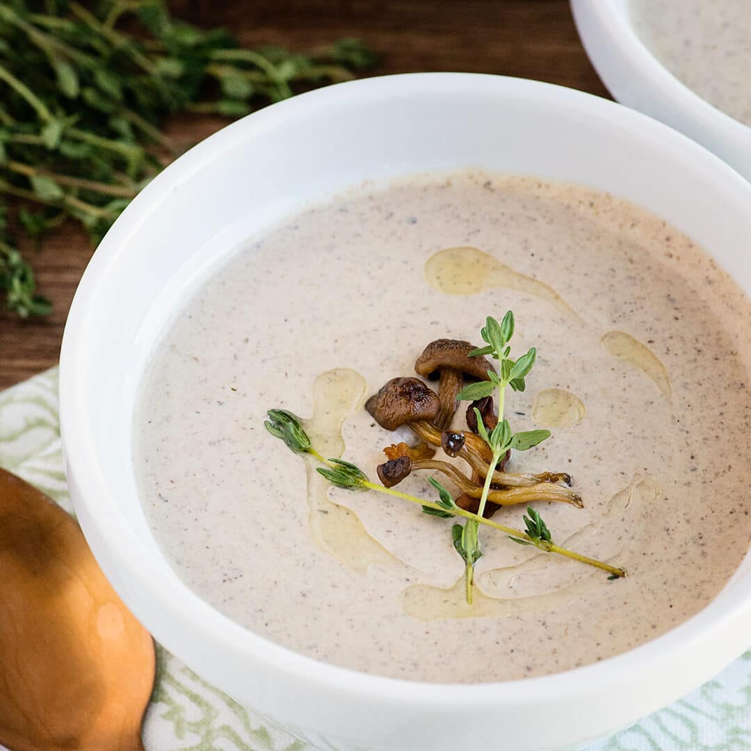 thyme and mushroom bisque soup