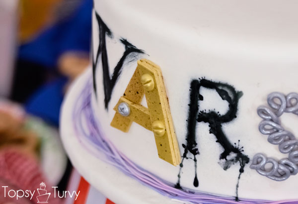 craft-wars-logo-cake-spray-paint