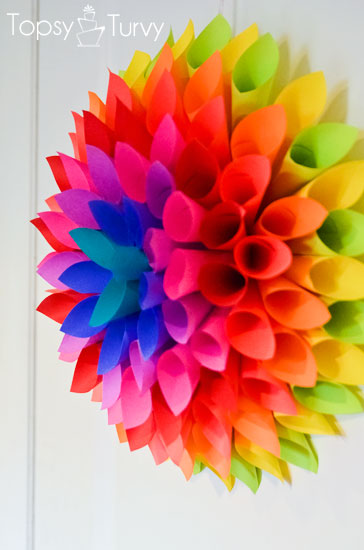 neon-Paper-dahlia-wreath