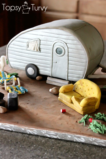 white-trash-trailer-cake