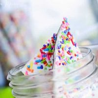 cake mix and sprinkles chocolate bark