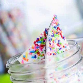 cake mix and sprinkles chocolate bark