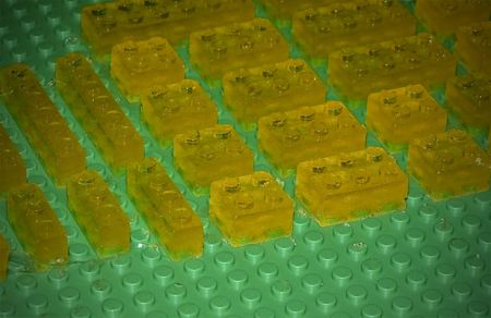 lego-mold-candy-gummies