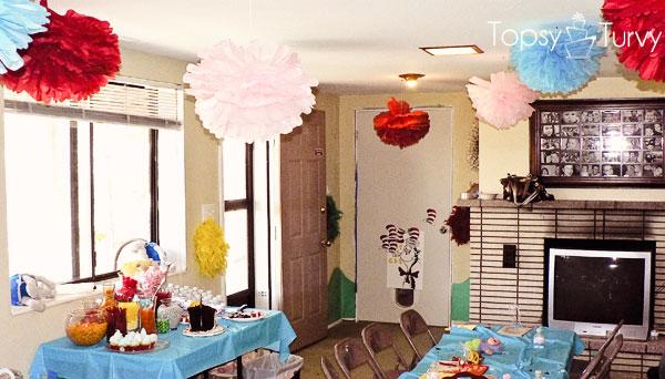 seuss-cat-hat-birthday-party-decorations