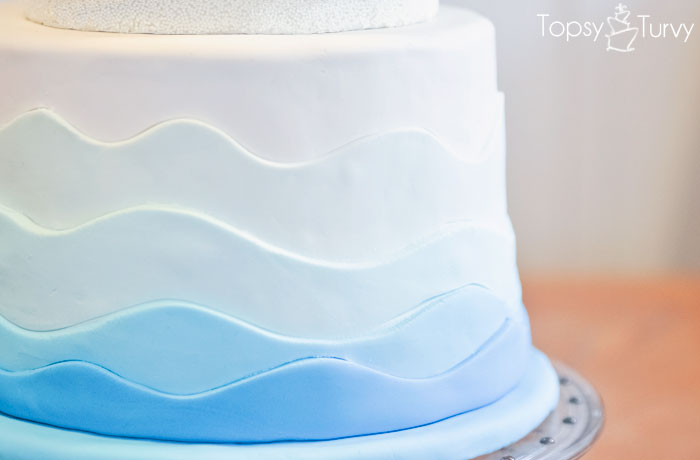 fondant-waves-birthday-cake