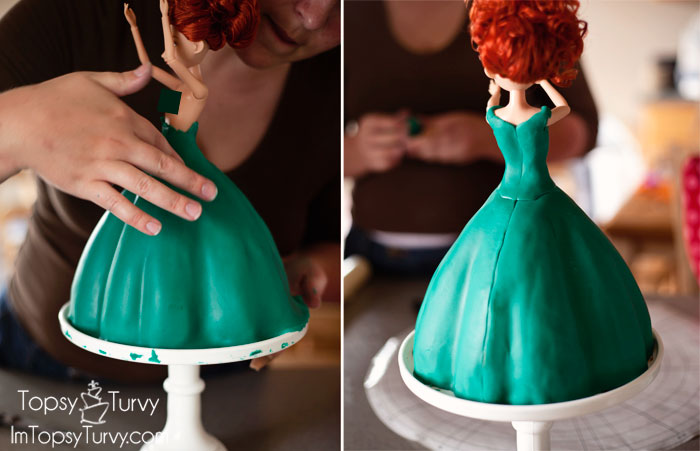 merida-cake-tutorial-skirt-back