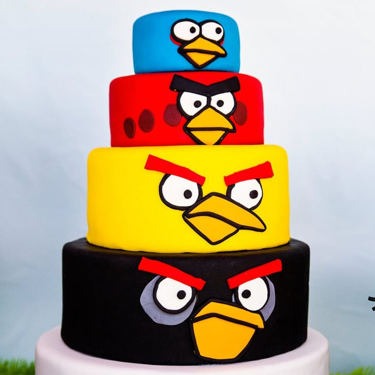 Tremendous Angry Birds Birthday Cake Ashlee Marie Real Fun With Real Food Funny Birthday Cards Online Fluifree Goldxyz