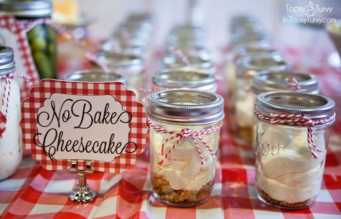 picnic-party-cheesecake-in-a-jar