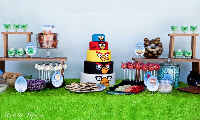 Angry birds birthday party ashlee marie for Angry birds party decoration ideas