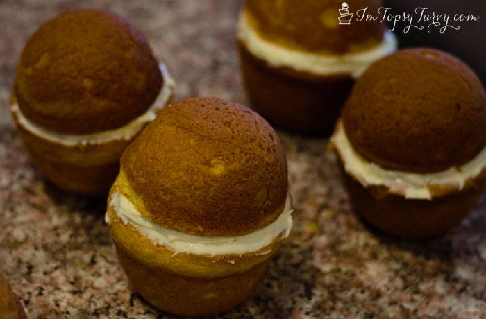mini-honey-pot-cakes-frosting