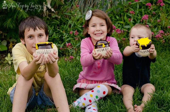 mini-honey-pot-cakes-kids
