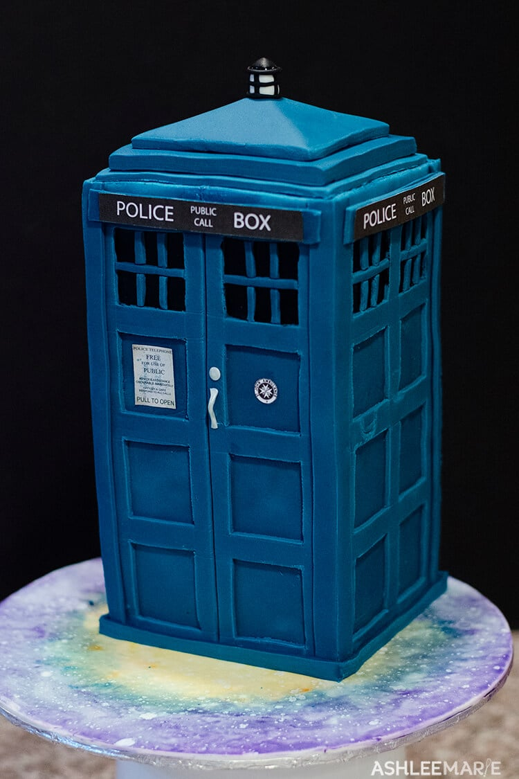 Superb Tardis Cake Tutorial Ashlee Marie Real Fun With Real Food Funny Birthday Cards Online Alyptdamsfinfo