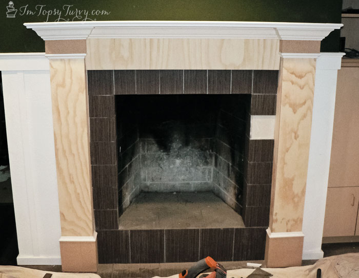 build-mantel-molding-trim-finished