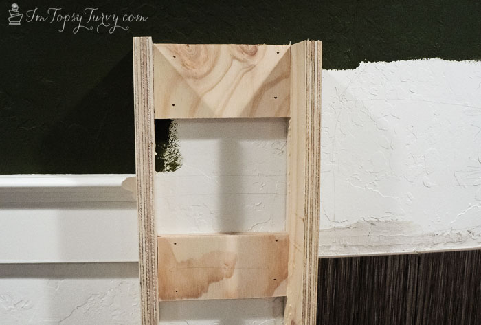 build-mantel-frame-detail