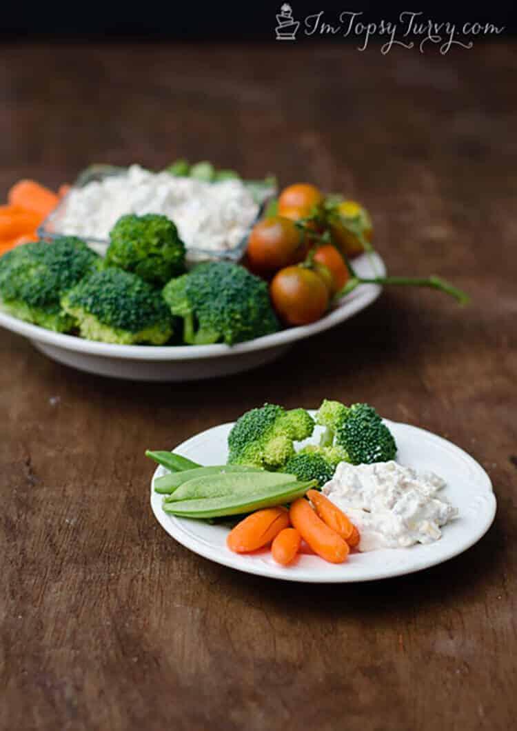 vegetable sour cream dip