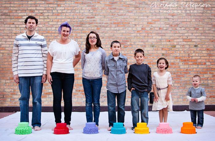 rainbow-family-photography-smash-cake-session