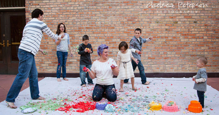 family-photography-smash-cake-session-toss