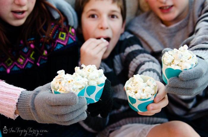 disney-frozen-the-movie-popcorn-snowballs