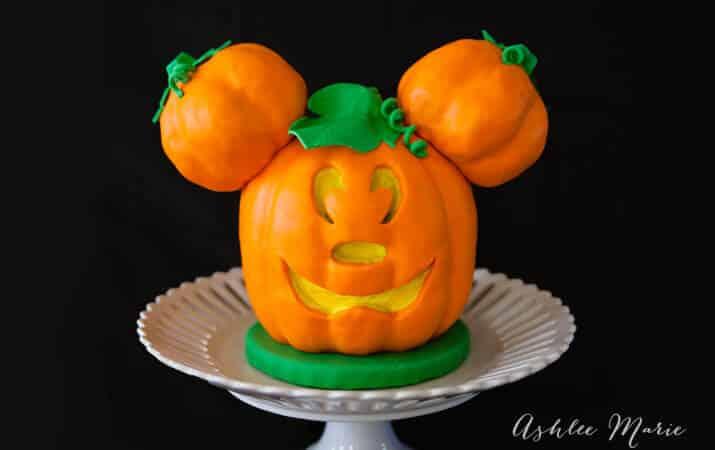 Jack O Lantern Mickey Mouse Cake