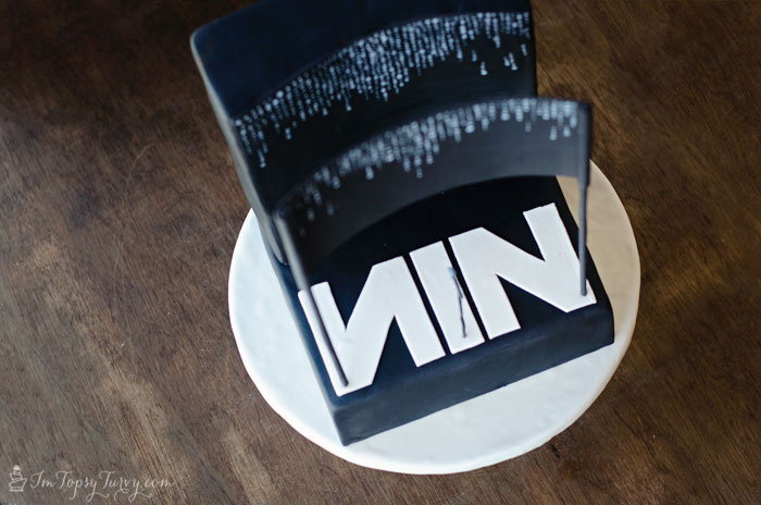 nine-inch-nails-stage-cake