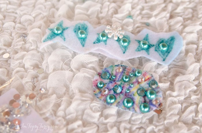 frozen-party-hair-clips