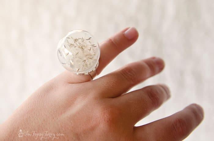 dandilion-snow-globe-ring-tutorial